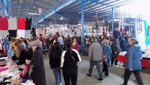 Ramazan, Ulus pazarını vurdu
