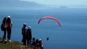Yamaç paraşütü şenliği