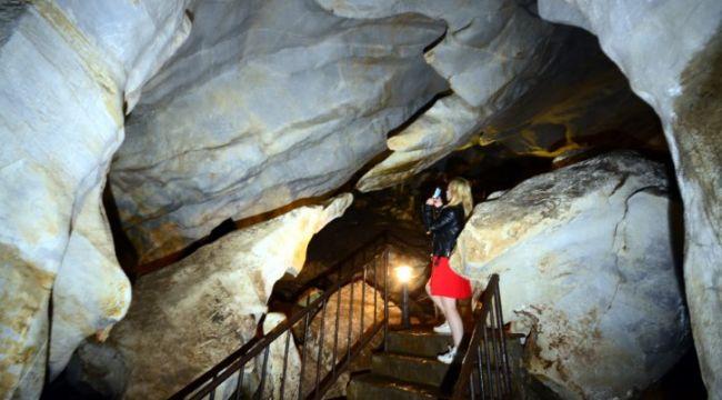 Dupnisa Mağarasında buruk aşk öyküsü gizli