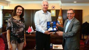 Bulgaristan üniversitesinden Tabakoğlu'na ziyaret