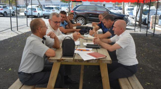 Helvacıoğlu, pazaryeri için oda başkanlarıyla görüştü