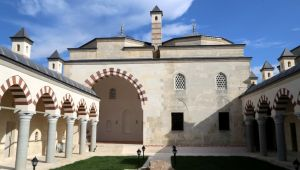 Saatli Medrese restore edildi