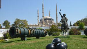Fatih'in toplarına yama