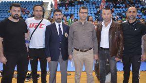 Karateciler Edirne'de yarıştı
