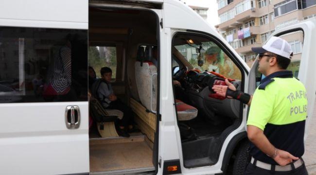 Trafik ekipleri 150 okul servisini denetledi