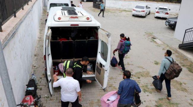 Ege Denizi'nde 40 kaçak göçmen yakalandı