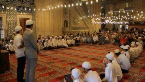 Hafız çocuklara Selimiye'de tören
