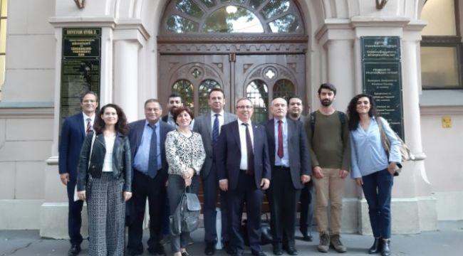 Tabakoğlu, Macaristan'da Türk öğrencilerle buluştu