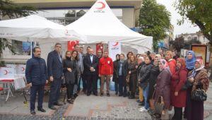 AK Parti kadınlarından kan bağışı