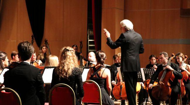 Klasik müzik konseri büyüledi