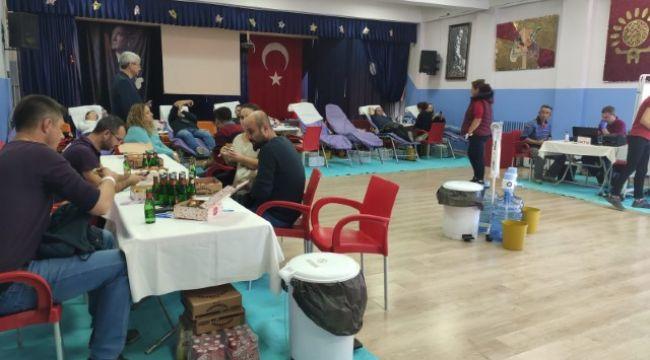 Öğrencilere ödüllü kan bağışı