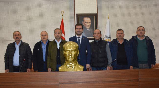 Belediyeden köylere Atatürk büstü