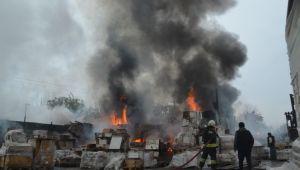Depo yangınında maddi zarar oluştu