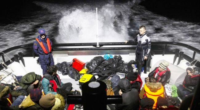 Kaçakların imdadına sahil güvenlik yetişti
