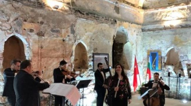 Kutluer'den Filibe'de unutulmaz konser