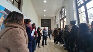 TÜ'de kadına yönelik şiddete karşı sergi