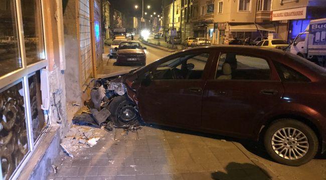 Alkollü sürücü aracıyla duvara çarptı