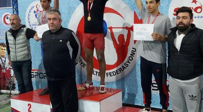 Çocuk evinden Türkiye birinciliği
