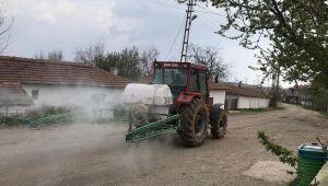 Edirne'deki bazı köyler tarım araçlarıyla dezenfekte ediliyor