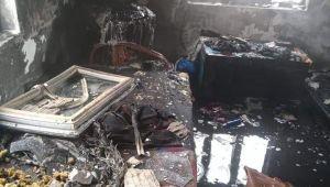 Enez'de yanan ev kullanılamaz hale geldi