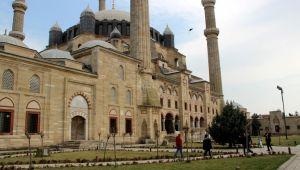 Selimiye'de cuma vakti koronavirüs tedbiri