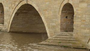 Nehir debileri yükseliyor