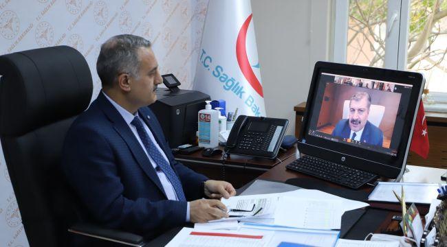 Kalkan,Sağlık Bakanı Fahrettin Koca'nın 81 il sağlık müdürüyle düzenlediği online toplantıya katıldı.