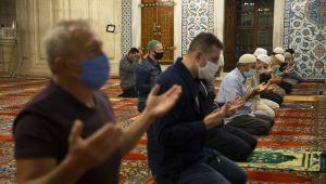 Selimiye Camisi'nde ilk sabah namazı kılındı