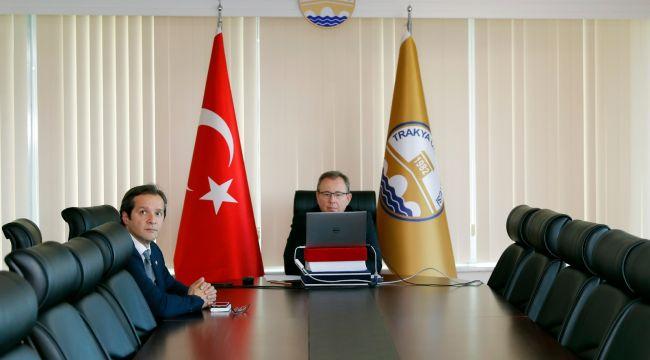 Tabakoğlu, öğrencilerle dijital ortamda buluştu