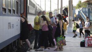 Gurbetçilerin rahat yolculuğu arabalı tren