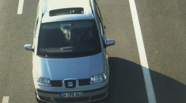 Otomobilinin plakasıyla oynayan sürücü yakalandı