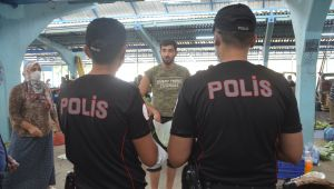 Polisten pazaryerine maske operasyonu