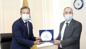Prizren Belediye Başkanı Haskuka'dan, TÜ'ye ziyaret