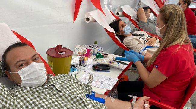 İYİ Parti'den Türk Kızılayı'na kan desteği