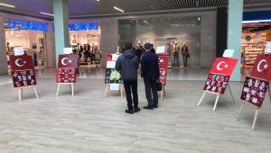 Miniklerden Türk bayrağı sergisi