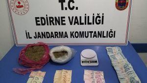 Araçta 1 kilo 200 gram uyuşturucu yakalandı