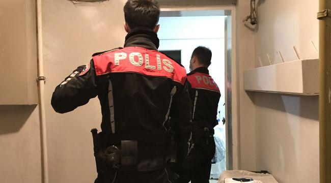 Kumar oynatılan bir evde cezai işlem uygulandı