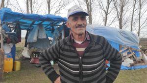 Solakoğlu, 40 yıldır çadırda yaşıyor