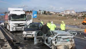 Zincirleme trafik kazasında 1kişi öldü