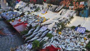 Kötü hava şartları balık tezgahlarını etkiledi