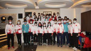 Milli takım kafilesi Edirne'de karşılandı
