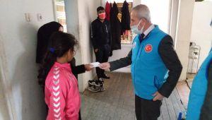 TDV sığınmacı ailelere zekat bağışlarını ulaştırdı