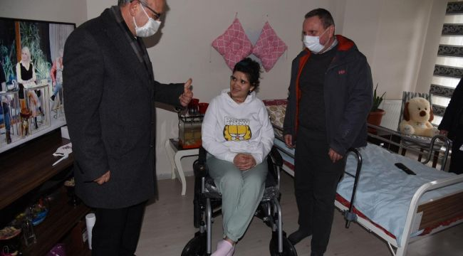 Engelli kızın hayalini Almanya'daki gurbetçi gerçekleştirdi