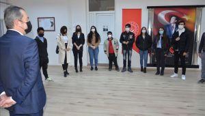 İş hayatına atılan gençlerden Özbaş'a ziyaret
