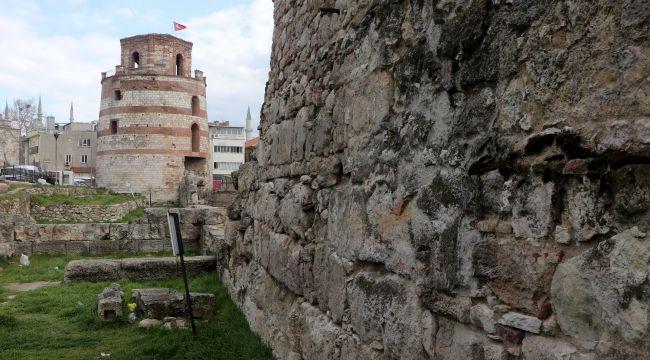 Makendonya kulesi müze için gün sayıyor