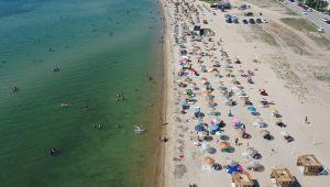 Saros Körfezi tatilcilerin akınına uğradı