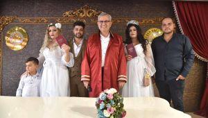 Arka arkaya evlenen kuzenler birbirlerinin nikah şahidi