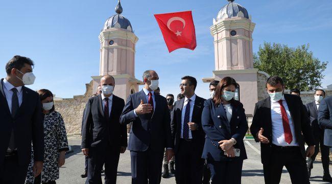 Bakan Gül, Edirne'de kule kapılarını inceledi