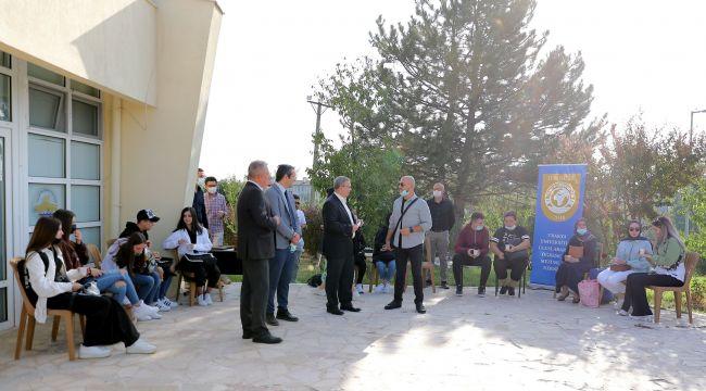TÜ, Batı Trakya'dan yeni öğrencilerini ağırladı