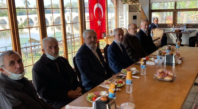 Bozkurt, emekli din görevlileri ile bir araya geldi